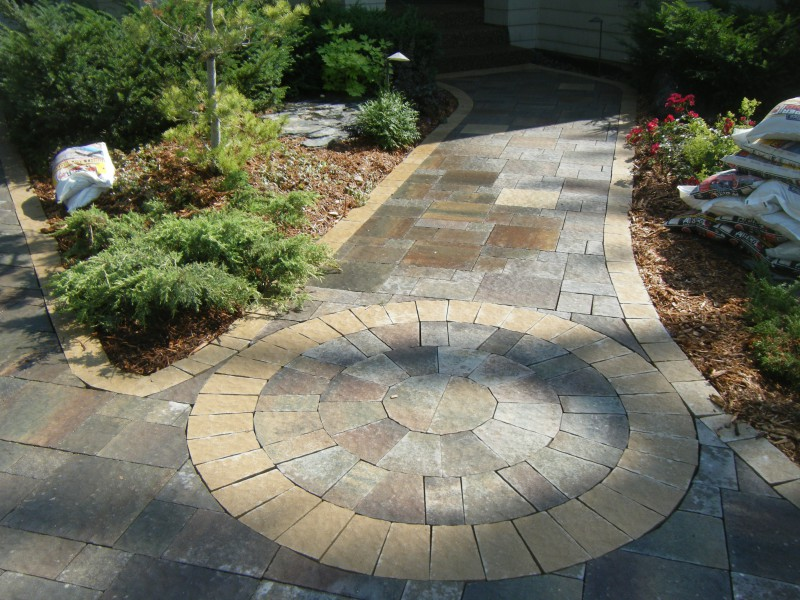 driveway, patio and walkway landscaping in annandale, minnesota